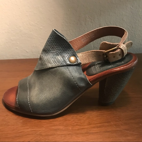 a0dd707807c MIZ MOOZ Verona Collection Millicent Heel Sz 40. M 5a5d62249d20f0da1a828dc5